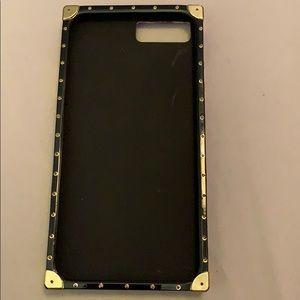 FAKE Louis Vuitton iPhone 8 Plus case